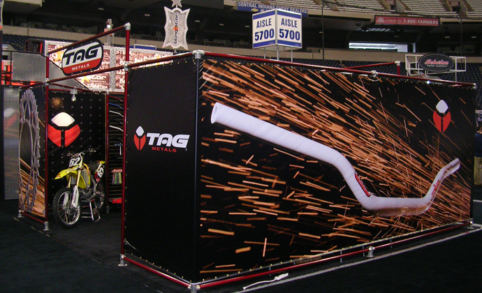 Hanging Trade Show Displays